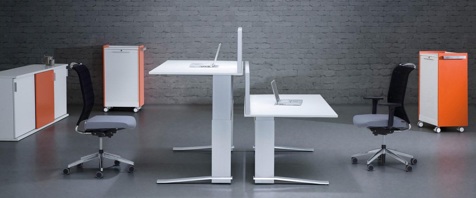 ergonomie im b ro hamburg ergonomische b roarbeitspl tze bk. Black Bedroom Furniture Sets. Home Design Ideas